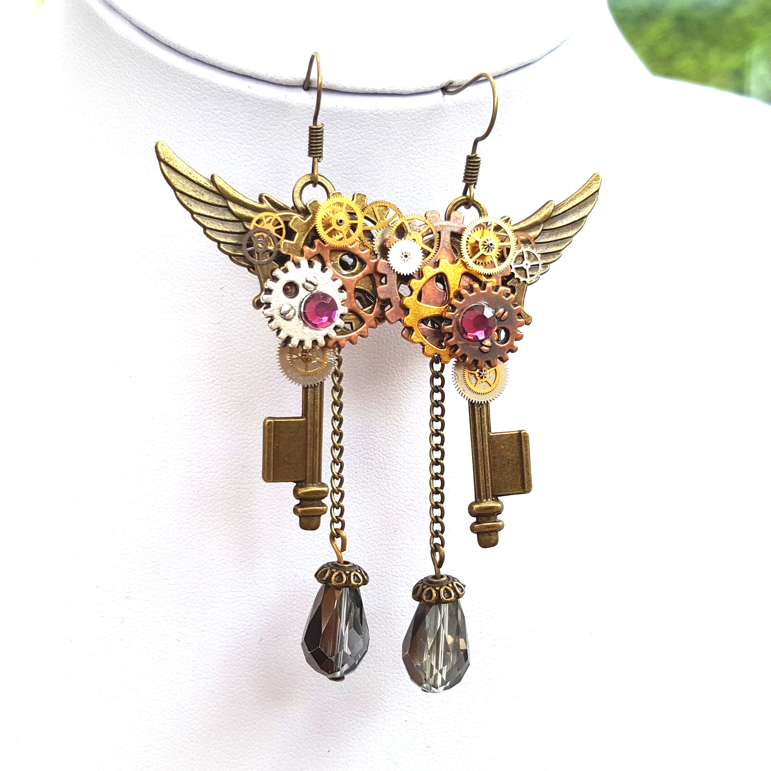 Steampunk Key Earrings - Handmade Steampunk Jewellery